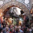 Khan el Khalili - največja tržnica v Afriki; je med ulicami