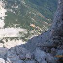 Pogled daleč navzdol: Češka koča s poti preko Dolgega hrbta