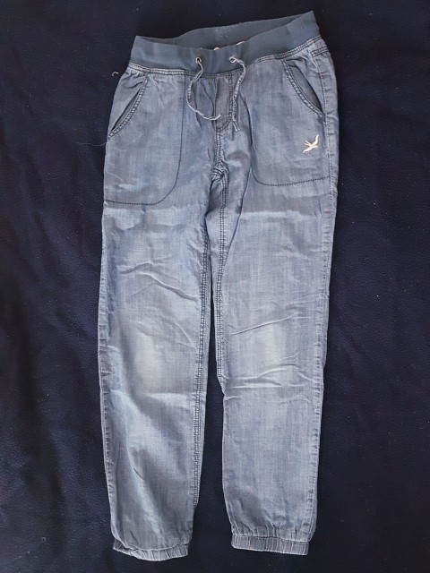 H&M hlače 140 .. 7 Eur