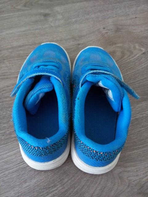 Nike športni copati 26 (25) 10 eur - foto