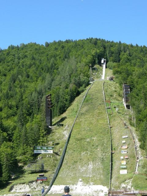 Skakalnica planica pogled od spodaj