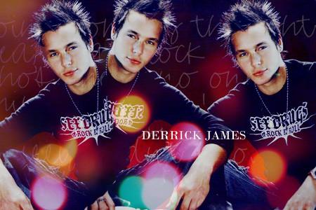 Derrick James - foto povečava
