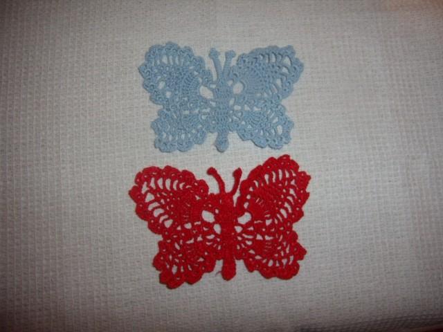 in še druga 2 metulja