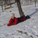 ležim v snegu