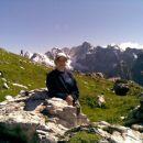 Nad Šitom Glava (2087 m) - V ozadju sneženi Julijci: Špik, Škrlatica in Prisojnik