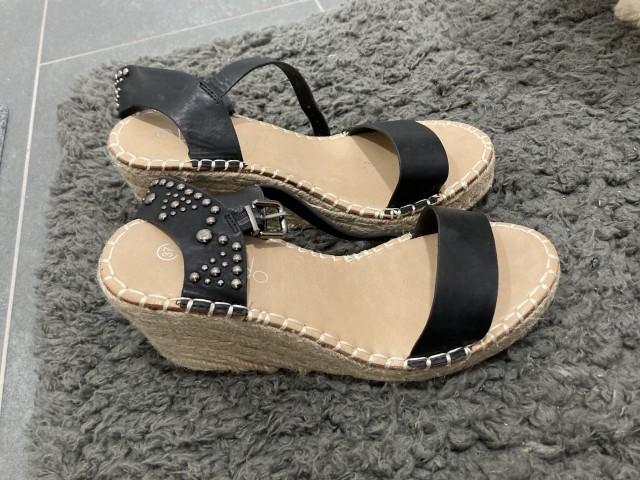 Sandali iz MASSA