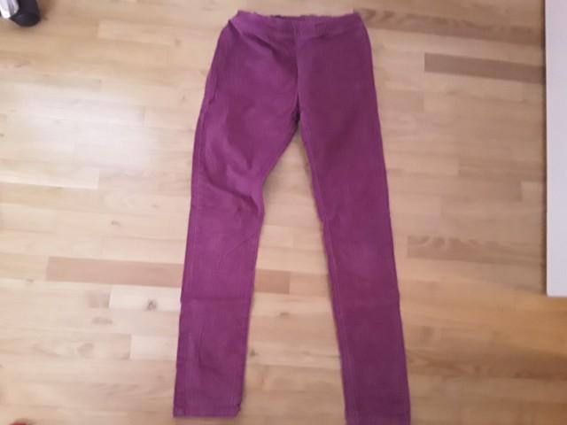 žametne hlače benetton 7e