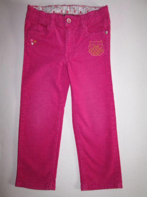 Hm žametne hlače, št. 104; 7 €