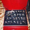 ZA DARILO: nakit verižice obeski uhani...