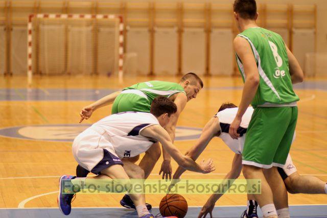 Košarka: Medvode - Janče (21.3.2015) - foto