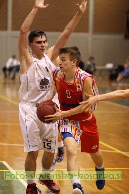 U19: Triglav Elektro GP - Slovan (3.4.2015) - foto