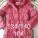 Oblacila za deklico v velikosti 134/140
