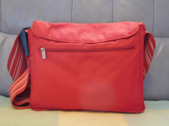 Previjalna torba Lassig rdeča - foto