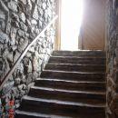 Vhod v klet bližnje gostilne