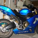 Kawasaki ZX-6R (malo modificirana)