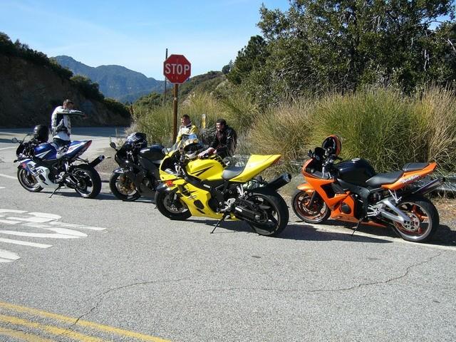 Suzuki GSX-R 750, Kawasaki ZX-10R, Suzuki GSX-R 1000, Yamaha R6