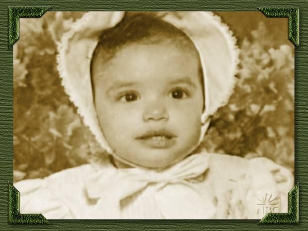 Eva kot otrok - foto