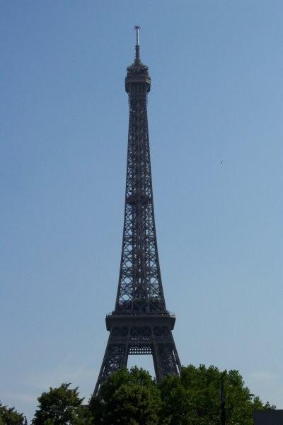 Nenadoma Pariz - foto