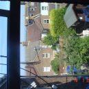 prečudovit pogled z mojega okna..v ozadju se vidi morje :P :D