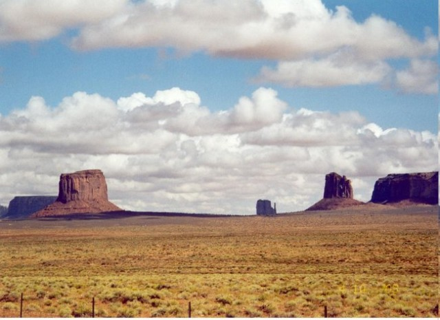 The Old West in Utah's Monument Valley, amazing country