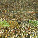 The Carnival comes with a lot of people, good food, color and of course the Samba dance