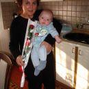 Od babi sem za valentinovo dobil rdečo vrtnico-znak ljubezni.