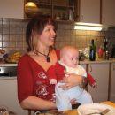 Pri sodelavki Tini, ki nadomešča mamico zdaj, ko je ni v službi.