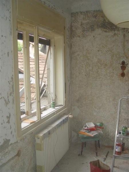 Okna se nepobarvana