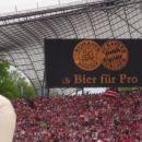 Zmaga Bayerna navijacem prinese nekaj hektolitrov zastonj piva... :-)