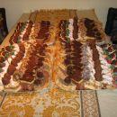 pecivo:klobučki,jagode,bicilkli,panji,kostanji,dunajski valovi,makov in orehov kolač,jabol