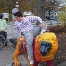 Dag guzi leva