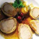 SVINJSKA RIBICA V TESTU (pozabila slikat)  600 g očiščene svinjske ribice 80 g dimljene