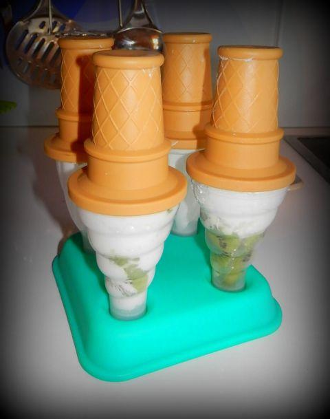 Kivijev sladoled s kokosovim mlekom