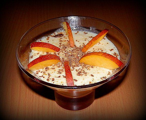 Vanilijev mlečni riž z breskvami in Domačico
