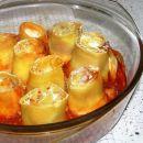 lazanjini zvitki s Philadelphio in pršutom v paradižnikovi omaki