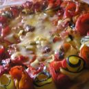 Pita prevrnjenka s papriko in bučkami
