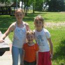 Jaz(Alja)moj brat(Tjan)in Nina (prijateljica)na srečanj košarkašev !(jaz in ona imava star