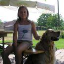 Jaz(Alja) in sosedov pes(Taj)!
