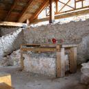 ostanki prastare cerkve