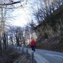 Tukaj med hojo na ( Šmarjetno nad kranjem  14.2.2007 )     14slik