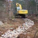 Takole so za vovodod razkopavali našo predvideno traso od Kobjeglave proti Lukovcu