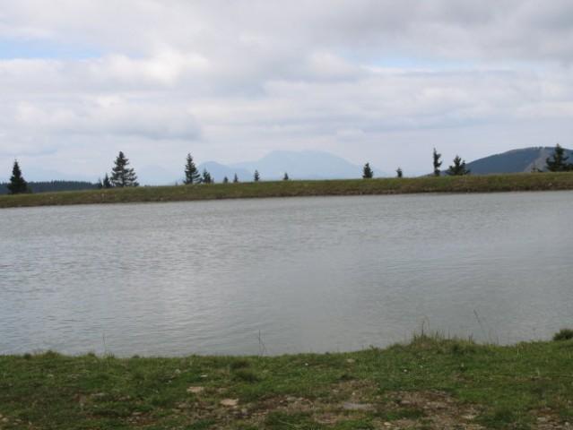 Umetno jezero nad Ribniško kočo.....brrrrr