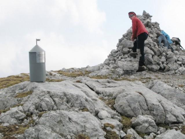 Veliki vrh ( 2110 m )