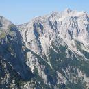 Razgledi z vrha proti Rinkam...
