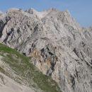 Po lepem in dokaj hitrem vzponu čez Šijo Brane, hitiva preko T.gore v vaše kraljestvo, Rin