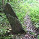 Čez štiri dni ubral desno. Ostanek  kamna iz rimskih časov. Ja, pa prav zares.