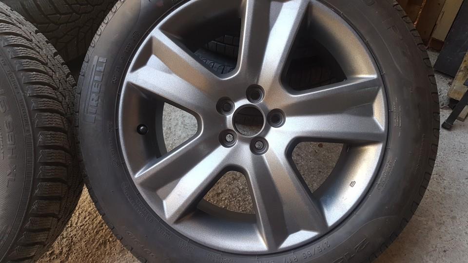 Subaru - foto povečava