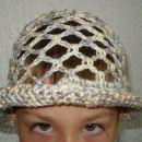 Otroški klobuk 2