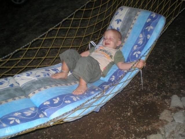 Ležim in se nunam na morju v Savudriji