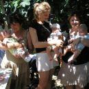 Alenka,Anita in Sanja z otroci